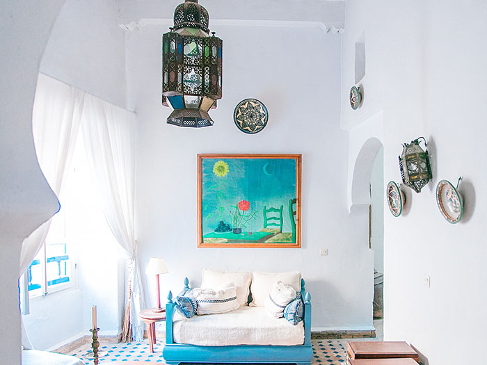 Turquoise & beige tiles